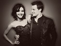 I LOVE THIS PICTURE!!!!! Josh and Jen are perfect!!!:)