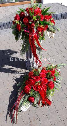 Diy Wreath, Burlap Wreath, Funeral, Vence, Grave Decorations, Flower Designs, Bonsai, Flower Arrangements, Christmas Wreaths
