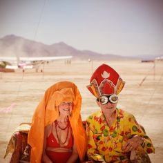 I stepped off the plane, after flying above Black Rock City, and saw this couple - just another example of why I love the characters at Burning Man. Karaoke, Burning Man 2017, More Pictures, Hanging Out, Burns, Princess Zelda, Orange, Fictional Characters, Customer Support