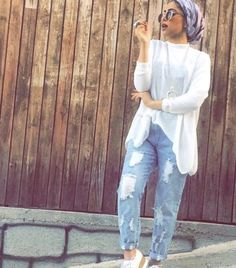 How to style boyfriend jeans with hijab – Just Trendy Girls Modest Dresses, Modest Outfits, Cool Outfits, Summer Outfits, Muslim Fashion, Modest Fashion, Fashion Outfits, Women's Fashion, Hijab Style