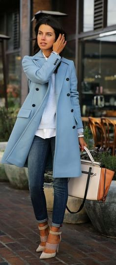 Love the light blue jacket for this fall/ winter.