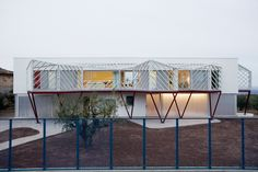 Image 1 of 16 from gallery of Double House / Langarita Navarro Arquitectos. Photograph by Luis Diaz Diaz