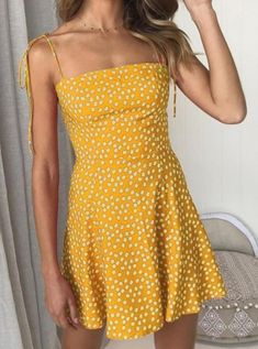 Spaghetti Straps Floral Printed Sleeveless Casual Dresses – pretty casual dresses,casual summer dresses,fashion style dress,fitted casual dress,nice dresses Best Picture For Women Dress photoshoo Modest Dresses, Tight Dresses, Sexy Dresses, Cute Dresses, Dresses For Work, Elegant Dresses, Awesome Dresses, Sleeveless Dresses, Cute Summer Dresses