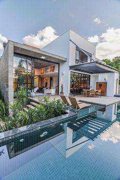 Planos de casa grande con piscina construye hogar for Casa minimalista rosario