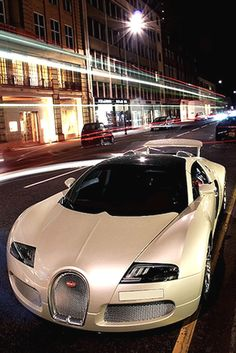 Outrageous is the only way to describe the Bugatti Veyron. The fastest production car in the world with a top speed of Lamborghini, Ferrari, Maserati, Bugatti Veyron, Bugatti Cars, Cool Sports Cars, Super Sport Cars, Super Cars, Porsche