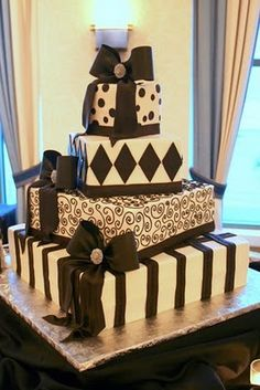 weddify: by isha foss events: Wedding Cakes: Beautiful cakes from our real weddings... and the tradition behind them!