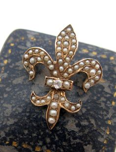 Victorian 14K Gold & Seed Pearl & Diamond Fleur de Lis Brooch