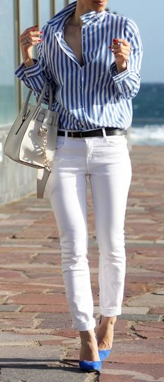 Don't always lean towards a neutral heel. Adding a pop of color through your shoes is the perfect way to spice up an outfit. #whitepants #springstyle