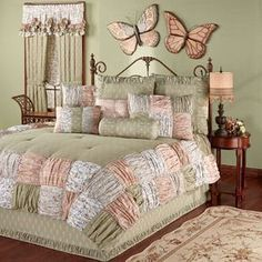 Ashland Ruched Patchwork Comforter Bedding will create a cozy and comfortable look in your bedroom. Chic Bedding, Luxury Bedding, Bedding Sets, Quilt Bedding, Shabby Chic Bedrooms, Shabby Chic Furniture, Bedroom Color Schemes, Bedroom Colors, Bedroom Ideas