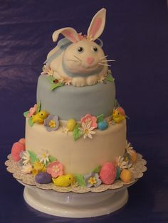 <3 easter bunny cake