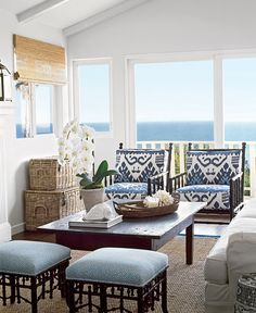 LOVe the chairs in Quadrille fabric Outdoor Room in Quadrille Kazak Blue Suncloth on Chairs, Stools in Quadrille Java Java in New Blue on White (Coastal Living June Coastal Living Rooms, Coastal Cottage, Coastal Homes, Coastal Decor, Living Room Decor, Seaside Decor, Cottage Living, Lake Cottage, Coastal Living Magazine
