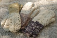 Lace mittens