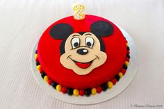 Madame Xícaras: Bolo Mickey