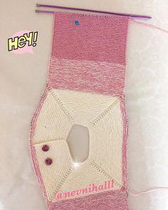 Emek ne güzel birşey 😍begenilerinizi eksik etmeyin sayfamı takip etmeyi un… – Fashion Trends 2020 Modadiaria 每日时尚趋势 2020 时尚 Knitted Baby Cardigan, Crochet Coat, Easy Knitting, Knitting For Kids, Baby Knitting Patterns, Baby Coat, Vintage Knitting, Baby Sweaters, Follow Follow