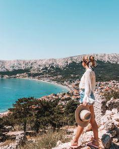 """Iris 🌸 Travel & Lifestyle on Instagram: """"Summer, please don't leave! 😭 Ich bin absolut noch nicht bereit für den Herbst, 🍂 wie geht's euch da? Letzte Woche war das Wetter bei uns…"""" Panama Hat, Iris, Straw Bag, Instagram, Summer, Travel, Weather, Summer Time, Viajes"""