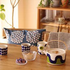 sisko_tomokaさんの、机,観葉植物,食器,雑貨,カフェ風,北欧,unico,marimekko,北欧インテリア,北欧ヴィンテージ食器,のお部屋写真
