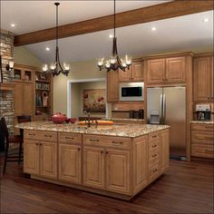 Light kitchen cabinets, dr kitchen, rustic cabinets, kitchen redo, rustic k How To Remove Kitchen Cabinets, Stained Kitchen Cabinets, Kitchen Redo, Rustic Kitchen, New Kitchen, Kitchen Ideas, Kitchen With Maple Cabinets, Kitchen Styling, Kitchen Designs