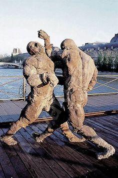 Ousmane Sow Modern Sculpture, Lion Sculpture, Ousmane Sow, Xavier Veilhan, Art Africain, Greek Art, Land Art, Art Auction, African Art