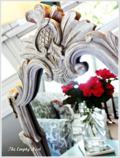 Mirror Frame in Chalk Paint® decorative paint by Annie Sloan. Make Chalk Paint, Chalk Paint Projects, Chalk Paint Furniture, Mud Paint, Refurbishing Furniture, Paint Ideas, Annie Sloan Chalk Paint Inspiration, Annie Sloan Paint Colors, Annie Sloan Paints