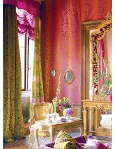 A Parisian study ~ explosion of glamour Oh my word!   A perfect perfect room for me!!!!