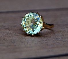 Yellow-green citrine! Absolutely beautiful
