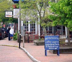 Nantucket Pictures: Downtown in Nantucket Town