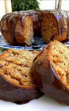 Κεικ μπανανα Cheese Recipes, Cake Recipes, Dessert Recipes, Desserts, Cookbook Recipes, Cooking Recipes, Greek Sweets, Brownie Cake, Cakes And More