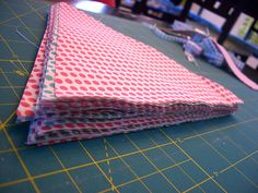 How to make a bunting - tutorial with rotary cut instructions