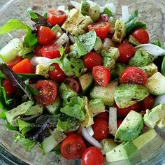"""9,974 Likes, 42 Comments - SHONDA (@shonda1020) on Instagram: """"Tomato, Cucumber and Avocado  Salad By: @healthandfoodjunkie ❤ @healthandfoodjunkie ~ • Field…"""""""
