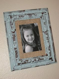 Rustic Picture Frame, looks really simple! ;)