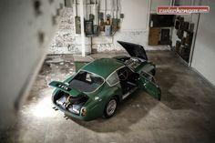 Der seltenen Sportwagen mit seiner hübschen Karosserie von Ercole Spada wurde für 13 Mio. USD versteigert: http://www.zwischengas.com/de/FT/diverses/RM-Sotheby-s-in-New-York-2015-Rekorde-und-Umbrueche.html?utm_content=bufferf13ab&utm_medium=social&utm_source=pinterest.com&utm_campaign=buffer  Foto © Patrick Ernzen - Courtesy RM Sotheby's