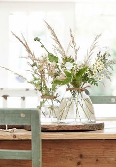 Beautiful table setting is part of Inexpensive flower arrangements - Summer Flowers, Cut Flowers, Fresh Flowers, Beautiful Flowers, Flower Colors, Simple Flowers, Flower Art, Wild Flowers, Beautiful Pictures