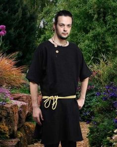 Townsman Tunic (Large/X-large) - Click image twice for more info - See a larger selection of men Medieval Renaissance Costumes at http://costumeriver.com/product-category/men-medieval-renaissance-costume/ - men, halloween costumes, halloween  , classic costume, holidays, event, trick or treat , gift ideas, costumes, disguise.