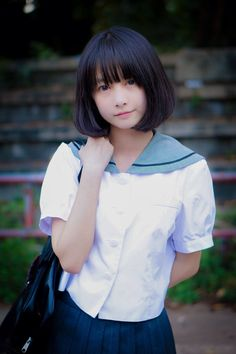 LOFTER | 乐乎 -Really liking the school uniforms of japan