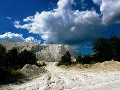 #chalk hills #cloud #cloudy sky #hills #landscape #mountain #nature #rock #sky #slaviansk #slavyansk #slovyansk #summer #ukraine