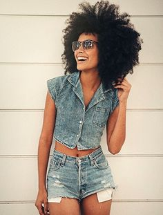 I <3 her big fro, her pretty smile, and denim on denim look.