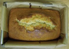 I write this sitting in the kitchen sink...: A new favourite cake - Mary Berry's banana loaf