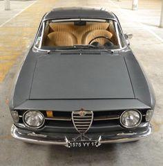 Alfa Romeo's Sports Sedan is a Future Classic: HagertyThe 2017 Alfa Romeo Giulia Quadrifoglio has Alfa Romeo Gta, Alfa Romeo Spider, Old Sports Cars, Sport Cars, Fiat 500, Small Luxury Cars, Alfa Romeo Giulia, Sports Sedan, Best Classic Cars