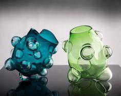 Création d'Eric Lemarie - Verglass° #handmade #madeinFrance #handcrafted #faitmain #creation #contemporain #contemporary #verre #glass #glassart #SalonRevelations #metiersdart #sculpture #verrier