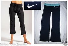 """*SELLING FOR CHLOE*   Women's Nike """"Gym Basics Capri Pants"""" Fit-Dry Performance Train Run Active Midnight Navy Blue & Turquoise, Colorblock & Contrast Stitching Detail XS/S *LKNEW*"""