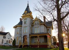 Jane  Newton COSSITT House, 58 Wall St., Brockville, ON  --  built 1881-82