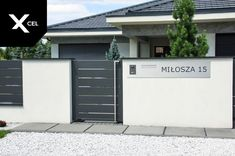 Grey entry gate and letterbox with laser-cut house number and videointercom Fence Gate Design, Modern Fence Design, House Gate Design, Aluminum Fence, Entry Gates, Wardrobe Design, House Numbers, Fencing, Curb Appeal