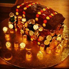 Treasure Chest  pirate cake