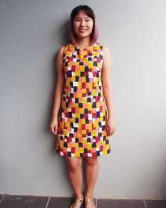 On the blog today: my Ultimate Shift Dress in Japanese geo print cotton! This dress was so easy to put together, and I just love the 1960s vibe of it! Sew Over It, Shift Dress Pattern, Dress Making Patterns, Pattern Images, Dress Silhouette, Shift Dresses, Summer Dresses, Dress Sewing, Beautiful Gowns