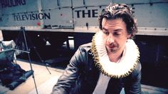 """Exclusive Video! SOMETHING ROTTEN! star Christian Borle takes the strut to the streets in """"Hard to Be the Bard"""" #pinoftheday"""