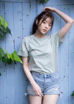 Cute Asian Girls, Cute Girls, 90s Fashion, Girl Fashion, Japan Girl, Sexy Shorts, Asian Beauty, Poses, Female