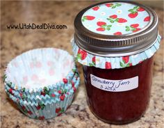 Use a Cupcake Liner to decorate jars for gift giving - brilliant idea