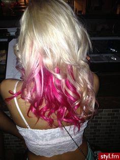 Fryzury Długie Na co dzień Kręcone Rozpuszczone Blond