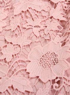Diy Crochet Sweater, Crochet Lace Scarf, Crochet Pillow Pattern, Easy Crochet Blanket, Crochet Amigurumi Free Patterns, Irish Crochet, Crochet Christmas Garland, Lace Tape, Fishtail Dress