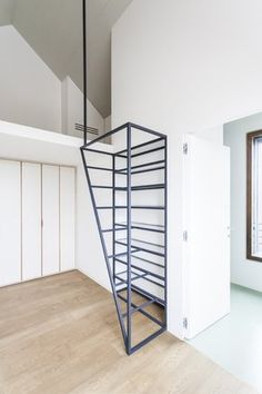 Fragments of architecture: Villa di Pianura / deamicisarchitetti Loft Stairs, House Stairs, Architecture Renovation, Architecture Design, Stair Handrail, Railings, Stair Detail, Stair Decor, Modern Stairs